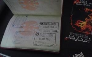 Reisepass mit Stempeln des Kosovo